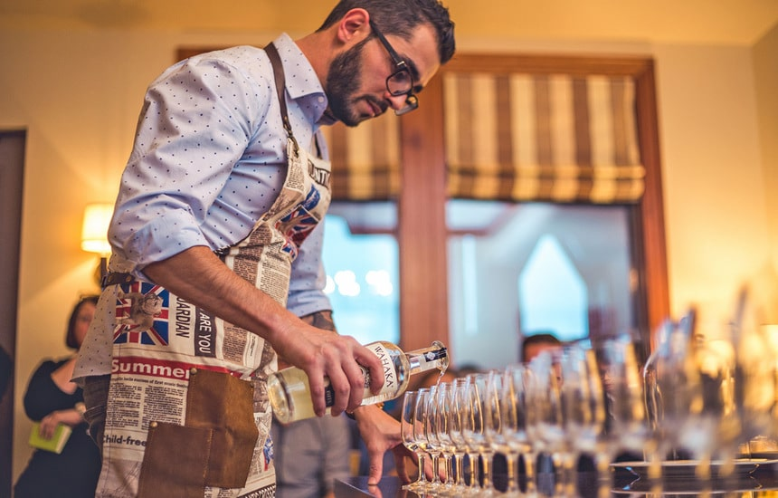 Picture of HIRE A COCKTAIL BARTENDER