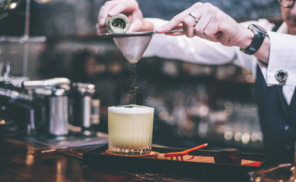 hire cocktail makers